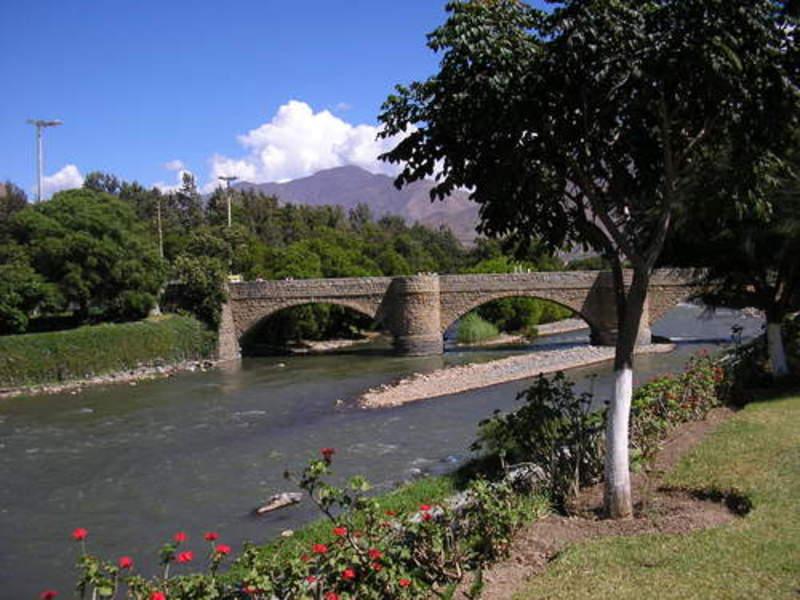 Historico Puente Calicanto